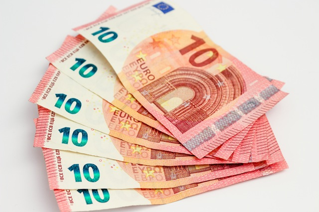 Przed wyjazdem przygotuj pieniądze i pamiętaj również o kilku dodatkowych sprawach...